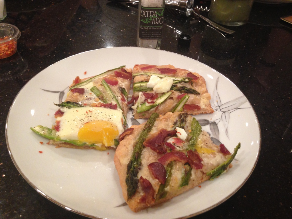 asparagus egg bacon pizza
